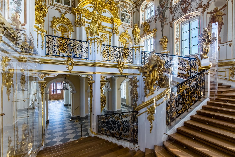 Петергофский Большой дворец