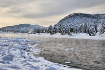 Лёд Телецкого озера