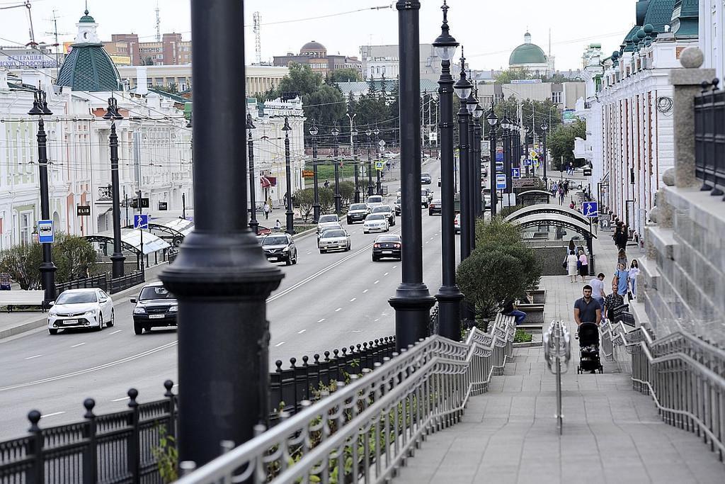 Омск- улица Ленина